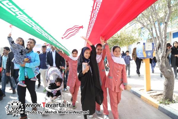 حضور باشکوه مردم انقلابی شهرستان جم در راهپیمایی ۲۲ بهمن