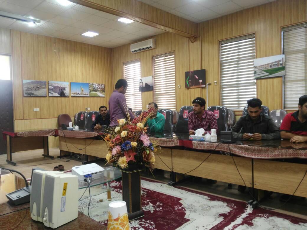 باحضور بیست و دو تیم مسابقات فوتسال چمن مصنوعی جام رمضان شهرستان جم قرعه کشی شد