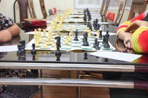 باحضور نماينده جنوب استان و فرماندار ليگ شطرنج شهرستان جم آغاز شد