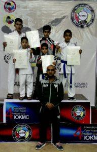 افتخار آفرینی کاراته کاهای شهرستان در مسابقات بین المللی استان البرز (کرج)